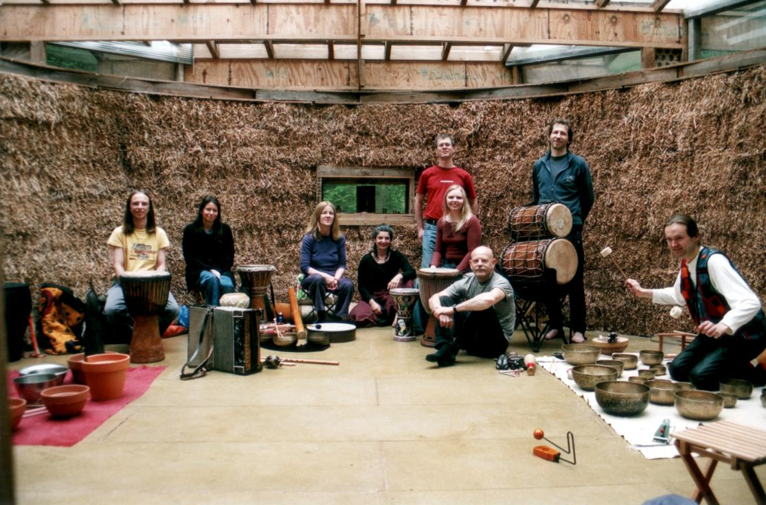[ Music For Friends at The Strawbale Studio ]